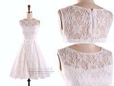 Maßmode - Lässig Spitze Knielänge Weiß Homecoming Kleider - ein Designerstück…