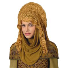 Love the head-covering. Could be possible clothing style for the Norian women when they travel.