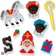Strijkkralen Hama Beads Patterns, Beading Patterns, Perler Beads, Granny Joy, Bead Crafts, Arts And Crafts, Lego Winter, St Nicholas Day, Saint Nicolas
