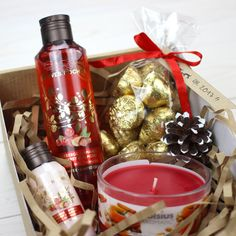 Gift Diy Gift Baskets, Christmas Gift Baskets, Christmas Gift Box, Gift Hampers, Holiday Gifts, Curated Gift Boxes, Gift Wraping, Client Gifts, Jar Gifts