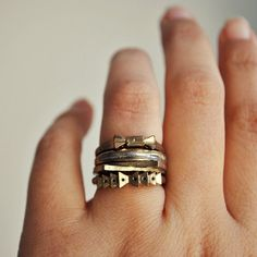 Lines, Bows and Arrows - vintage rings set