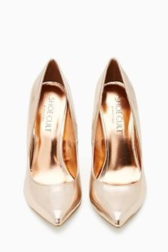 Shoe Cult Luxe Pump in Rose Gold - I think I need these. #fallfashioon