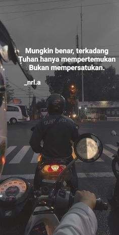 Quotes Lockscreen, Short Messages, Sad Life, Quotes Indonesia, All Quotes, Sunset Photography, Instagram Quotes, Life Motivation, Doa