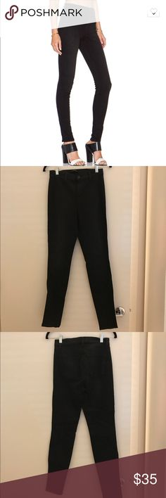 J Brand High Rise Vida Jean High rise J Brand skinny jeans (Vida) in black. Wash: Tainted. Size 26. Great condition. No fading. J Brand Jeans Skinny