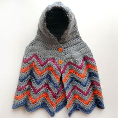 This hooded chevron poncho is designed with 4 sizes ranging from 6 months to 6 years. The loose, comfy fit allows for each poncho size to fit a range of sizes, which is great for a growing children wh