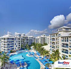 Barceló Costa Cancún es un hotel con estilo arquitectónico Mediterráneo frente a la playa en la Zona Hotelera de #Cancun, a pasos del muelle Playa Linda. Cuenta con varios restaurantes, bares, una amplia área de piscina rodeada de jardines y un spa con una gama de tratamientos. Ofrece un atractivo programa Todo Incluido con actividades para el entretenimiento y diversión para toda la familia. #BestDay #OjalaEstuvierasAqui