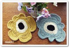 I love nordic textiles and Marimekko is my favourite especially the Unikko print. Here I roundup 12 fabulous Marimekko crafts including a few of my own. Crochet Kitchen, Crochet Home, Love Crochet, Crochet Flowers, Knit Crochet, Crochet Potholders, Crochet Granny, Crochet Coaster, Knitting Patterns