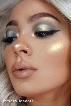 MAKE UP IDEAS #MakeupTutorialStepByStep Blue Eye Makeup, Eyeshadow Makeup, Makeup Brushes, Makeup Eraser, Green Makeup, Eyeshadow Palette, Younique Eyeshadow, Morphe Eyeshadow, Pink Eyeshadow