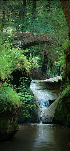 New Wonderful Photos: Old Man's Cave Gorge Near Logan, Ohio