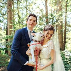 John Mulaney (star of his own TV show and SNL writer) wed his gal Annamarie in the Catskill mountains!