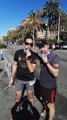 Hoy sumando #KmsSolidarios en la eDreams Mitja Marató de Barcelona, Gracias chicos!  #MitjaDeBarcelona #CorrerParaCurar #CáncerInfantil #MataróRace 