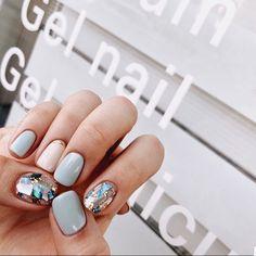133 glitter gel nail designs for short nails for spring - Glitter Gel Nails, Nail Manicure, Nail Polish, Manicures, Love Nails, Pretty Nails, My Nails, Minimalist Nails, Gel Nail Designs
