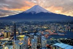 Top 10 Safest Countries in the world to Live and Visit