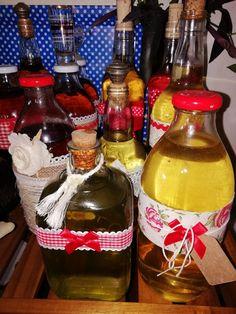 Whiskey Bottle, Drinks, Food, Stuff Stuff, Drinking, Beverages, Essen, Drink, Meals