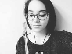 #throwback selfie happy Saturday everybody and have a well-deserved restful weekend!  #music #musicperformance #flute #flutist #fluteplayer #flutelove #flove #musician #haynesflutes #fluteselfie #selfie #juilliardswaggiveaway @katieflute @thatviolakid by francescaleoflute
