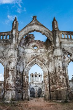 """The ruins of Shettihalli Church in Karnataka, India, also known as the """"floating church"""", are a great off the beaten track destination to day trip to. Read on to learn how to get to Shettihalli Church in Karnataka, India."""