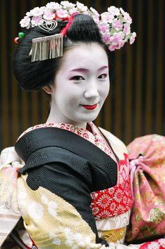 Maiko Fukuhina by John Paul Foster