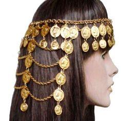 TIARA TESTEIRA CIGANA COM MOEDAS OITO CAMADAS <br> Tiara testeira dourada com medalhas <br>douradas em alumínio. <br>Presentei com esta linda joia sua cigana