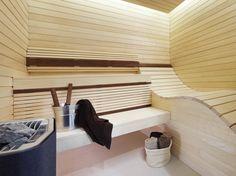 Contemporary sauna design in our bespoke Linjer room with curved lounger Contemporary Saunas, Modern Saunas, Sauna House, Sauna Room, Sauna Shower, Dry Sauna, Hidden Lighting, Outdoor Sauna, Sauna Design