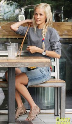 Isabel Lucas. Saturday morning.