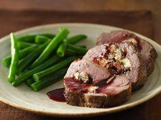 Beef Dinner Recipes: Main Dish Beef Recipe: Gorgonzola- and Mushroom-Stuffed Beef Tenderloin with Merlot Sauce