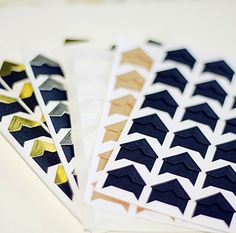 120 pcs Paper Photo Corners Stickers // by PapergeekMY on Etsy, $8.00