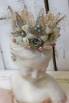 Heavily embellished white pearl crown metal by AnitaSperoDesign. Fairy Crown, My Funny Valentine, Headpiece Wedding, Metal Flowers, Tiaras And Crowns, Crown Jewels, Queen Bees, Party Hats, Altered Art
