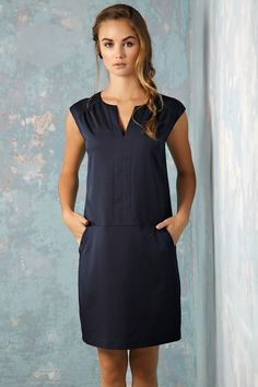 Como escolher o vestido para usar no dia a dia vestido curto dia a dia fortgeschritten Linen Dresses, Cotton Dresses, Day Dresses, Dress Outfits, Fashion Dresses, Summer Dresses, Simple Dresses, Beautiful Dresses, Casual Dresses