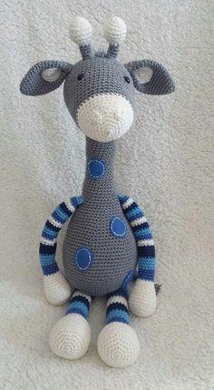 An idea to crochet a giraffe. Crochet Rabbit, Crochet Bear, Love Crochet, Crochet Animals, Crochet Giraffe Pattern, Crochet Snowflake Pattern, Crochet Patterns Amigurumi, Crochet Baby Toys, Crochet Dolls