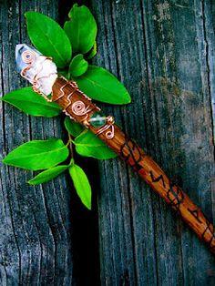 Aprenda a fazer uma varinha Tesoura alicate óleo essencial 20 do calibre do fio (latão ou cor do fio que for) galho de árvore