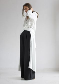 Rodebjer | Shirt-dress Art White | angle length shirt-dress with buttoned openings