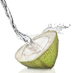 Green coconut with water splash — Stock Image #3030469