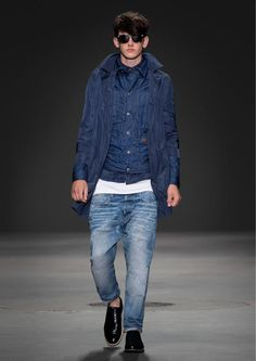 G-Star Raw 2014 25th Anniversary Retrospective Collection, Men's | AtoA  10-Correct-James-Trench-Faeroes-Tailor-Jkt-Tacoma-Shirt-Premium-Slim-Fit-Tanktop-US-Lumber-25-Straight