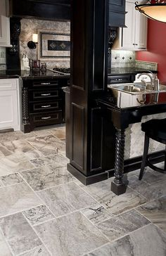 Home Remodeling Floors Discover inspiration for your kitchen remodel or upgrade with ideas for storage, organization, layout and decor. - Discover inspiration for your kitchen remodel or upgrade with ideas for storage, organization, layout and decor. Layout Design, Küchen Design, Floor Design, Tile Design, Bath Design, Design Ideas, Kitchen Floor Tile Patterns, Kitchen Tiles, New Kitchen