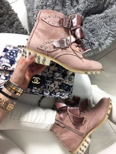 WOMENS ANKLE BOOTS BOW PINK MILITARY COMBAT ARMY BIKER STUDDED e5b03eda0927