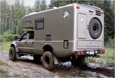 Earthroamer are global leaders in Xpedition Vehicles, their spectacular XV-LT model line is currently the best-selling Xpedition Vehicle model in the world, and we can see why, they are in a class of their own. The company take a Ford diesel and Off Road Camping, Truck Camping, Diy Camping, Camping Stuff, Camping Hacks, Custom Campers, Custom Trucks, 4x4, Tenda Jeep