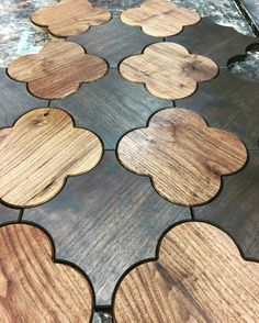 """Gefällt 211 Mal, 6 Kommentare - Jamie Beckwith Collection & BI (@jamiebeckwithcollection) auf Instagram: """"PINCH ME 🍀  Clover inspired St Pattys day wood. #jamiebeckwithcollection #grover #walnut"""""""