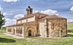 Iglesia románica de Duratón - Vista del ábside y la galería porticada