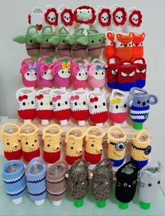 Crochet Cozy, Crochet Crafts, Crochet Dolls, Yarn Crafts, Hand Crochet, Free Crochet, Plastic Bag Crochet, Crochet Pouch, Crochet Keychain
