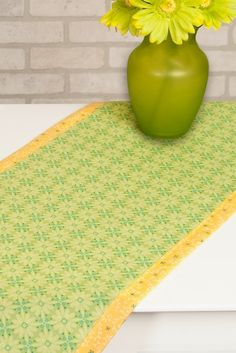 Sew a No-Hassle Table Topper with our FREE! Sewing Tutorial at the Nancy Zieman Productions Blog