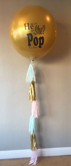 A baby shower can be much more interesting and a bit puzzling if you make it a gender reveal one. Here are some sweet ideas to throw a gender reveal party. Gender Reveal Box, Gender Reveal Balloons, Baby Gender Reveal Party, Gender Party, Baby Gender Announcements, Balloon Tassel, Baby On The Way, Reveal Parties, Baby Shower Parties
