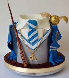 There's only ravenclaw cakes 😭 Harry Potter Torte, Harry Potter Desserts, Harry Potter Thema, Cumpleaños Harry Potter, Harry Potter Birthday Cake, Harry Potter Universal, Ravenclaw, Pastel Harry Potter, Harry Potter Lufa Lufa
