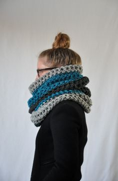 Teal Color Block Pembroke Cowl by Yokoo