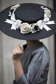 LOVE IT, I USE TO ALWAYS WEAR HATS....Joan Collins style