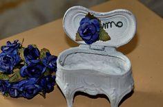 Petite boite à bijoux en forme de commode : Boîtes, coffrets par un-jardin-de-reveries