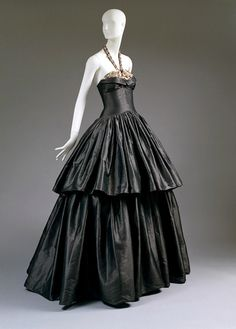 Lanvin gown from the 1930's. Inspirational.