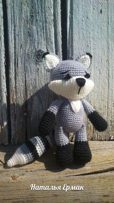 PDF Енот. Free crochet amigurumi pattern. Бесплатный мастер-класс, схема и описание для вязания игрушки амигуруми крючком. Вяжем игрушки своими руками! #амигуруми #amigurumi #схема #описание #мк #pattern #вязание #crochet #knitting #toy #handmade #поделки #pdf #рукоделие #енот #енотик #raccoon