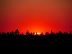 Red sunset by Tina Fevre