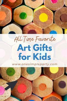 Looking for the perfect gift for a young artist? Check out these all time favorite art gifts for kids. From our favorite art supplies to art experiences, there are lots of gift ideas that kids who love art will enjoy. #kidsartgifts #kidsartgiftsforchristmas #kidsartgiftideas Green Crafts For Kids, Art For Kids, Watercolor Paint Set, Bead Kits, Preschool Art, Diy Stuffed Animals, Infant Activities, Love Art, Art Supplies