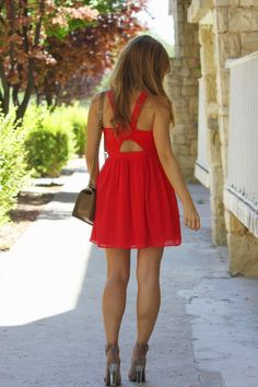 DOTS, RED DRESS AND MORE